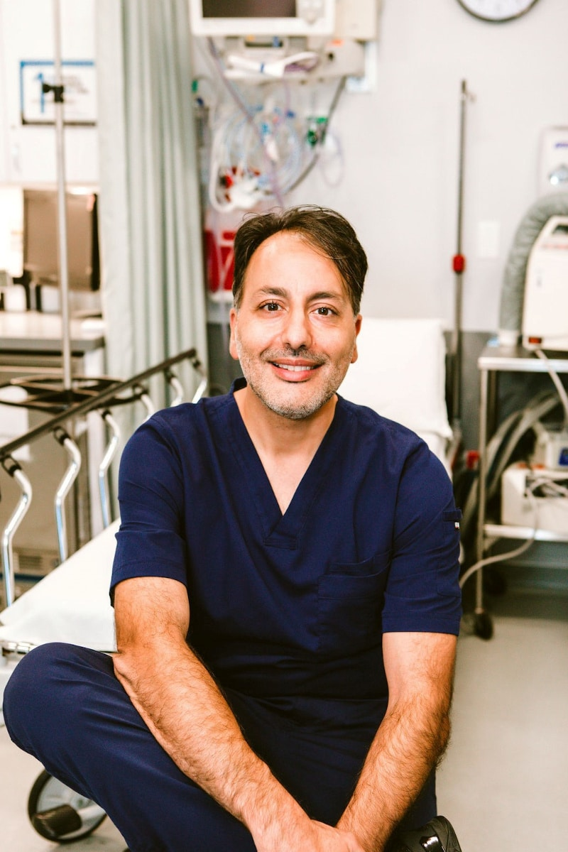 Dr Hootan Zandifar